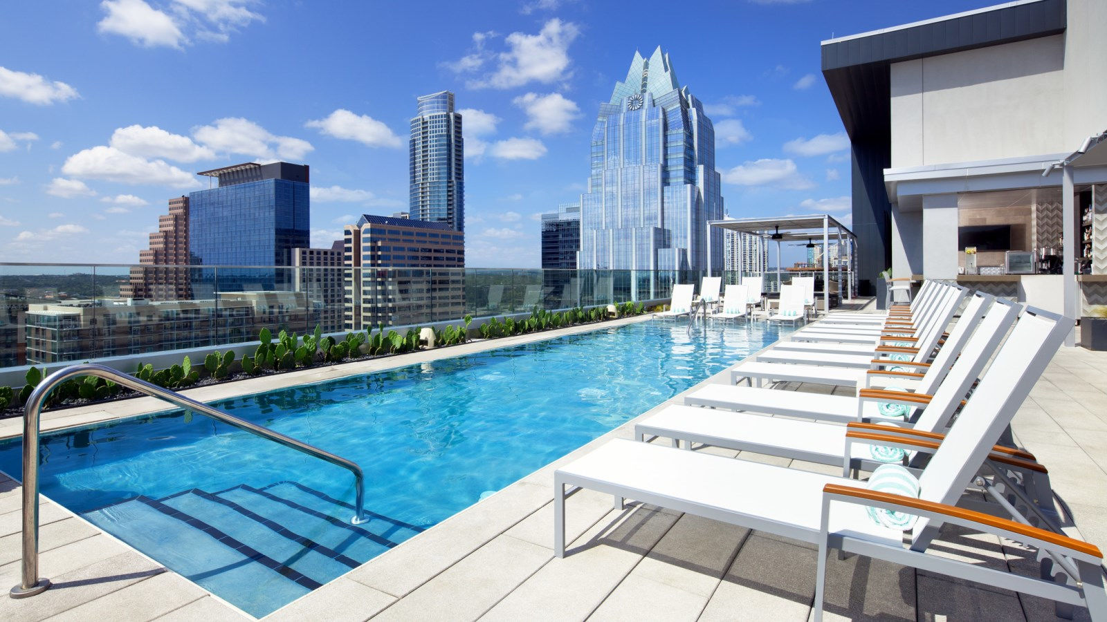 Hotels Near 6th Street In Downtown Austin Tx The Westin
